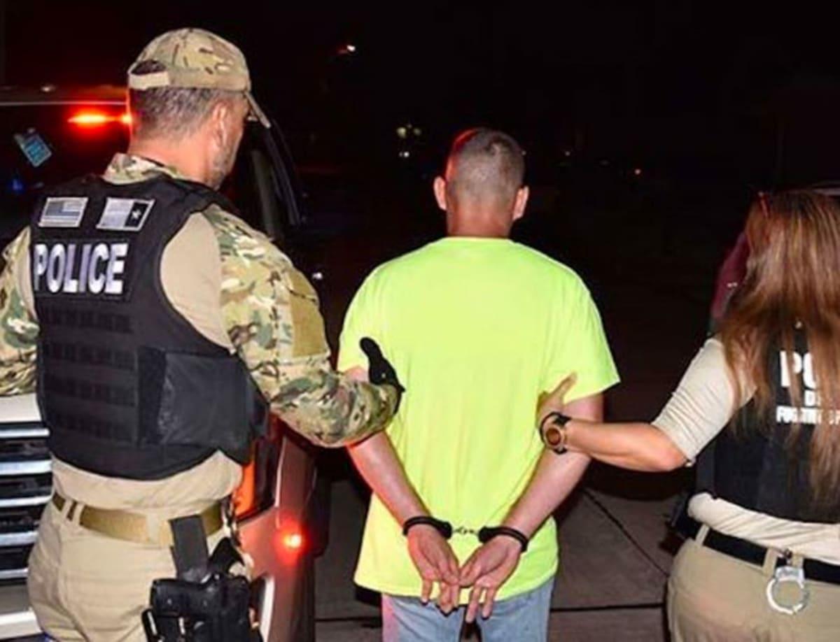 ICE arresta a mexicano buscado por asesinato en California hace 19 años