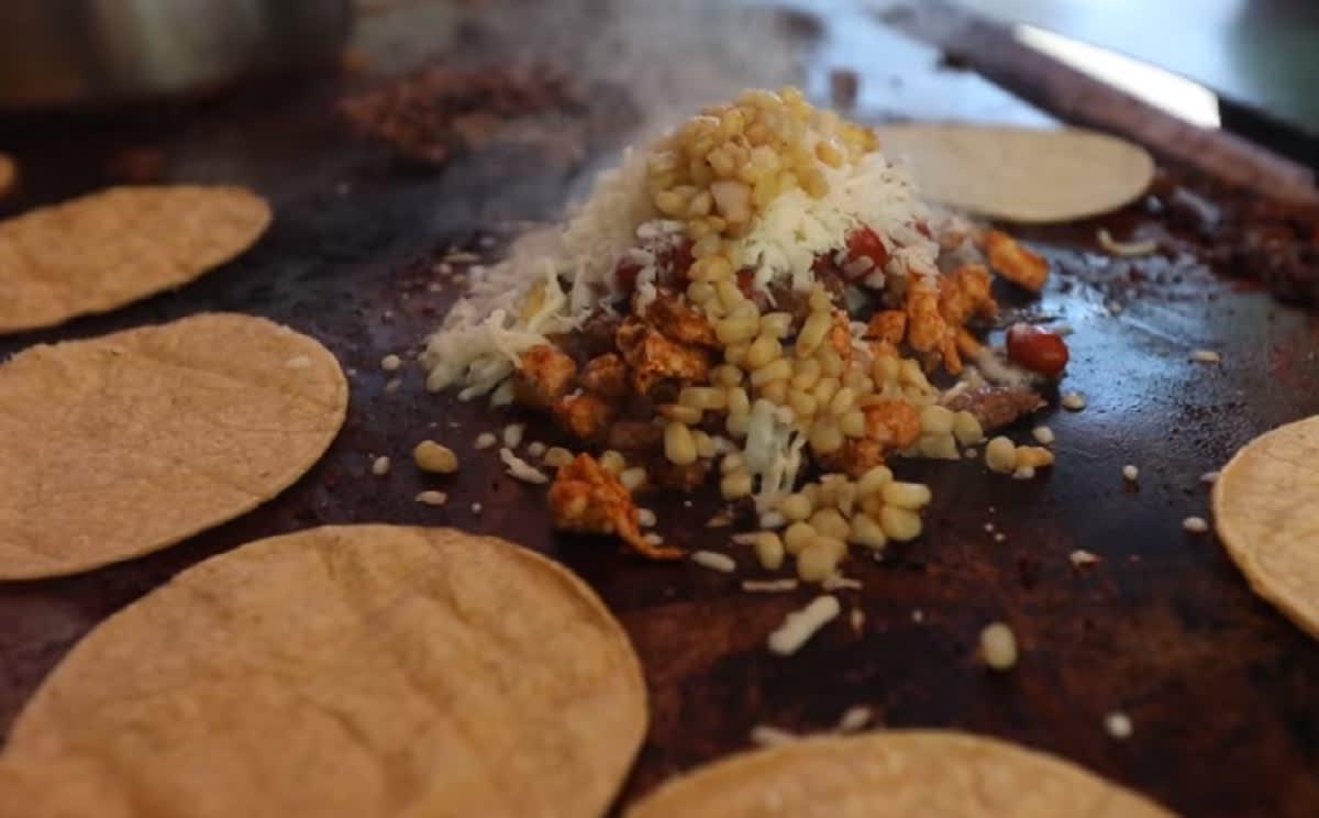"""Conchis Pochis""; innovador platillo mexicano"