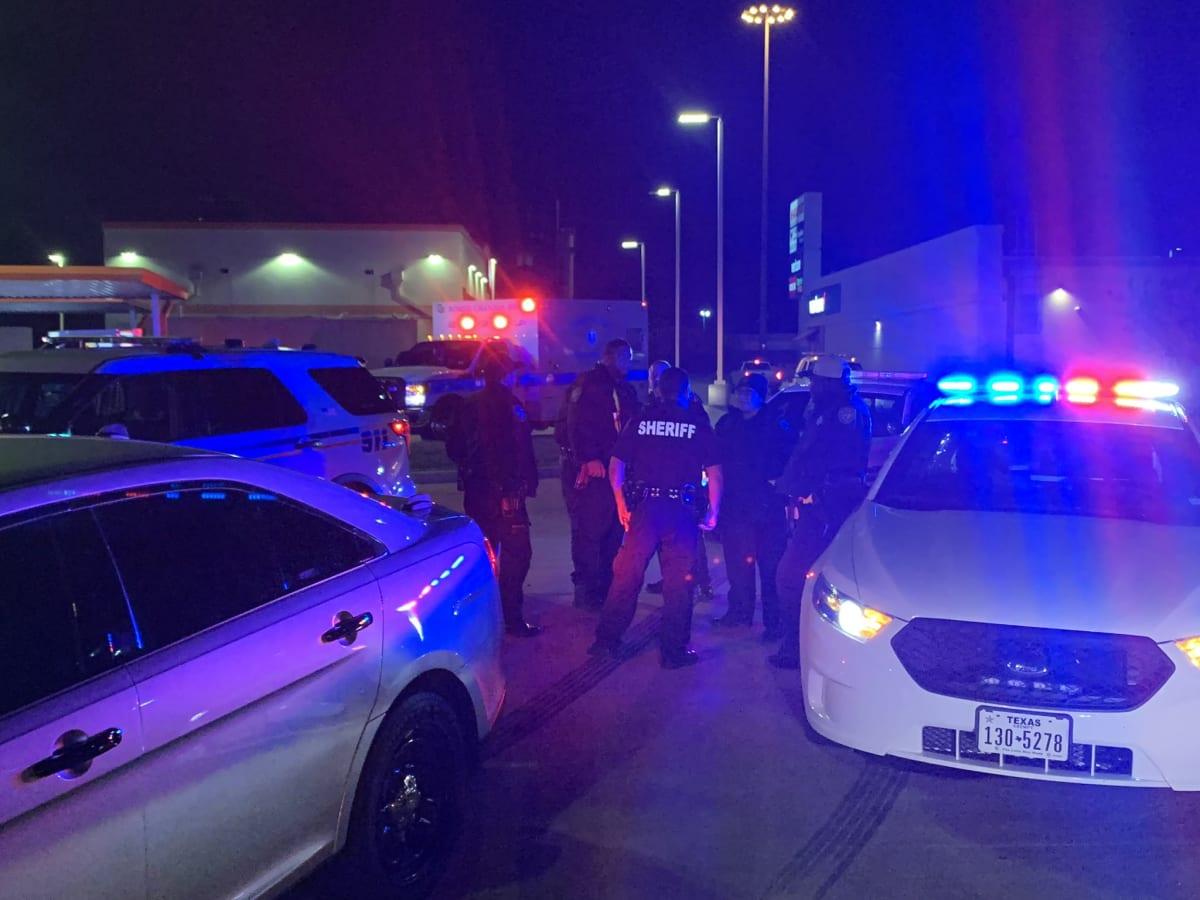 Adolescente hispano es acusado de matar al novio de su hermana en Katy, Texas.
