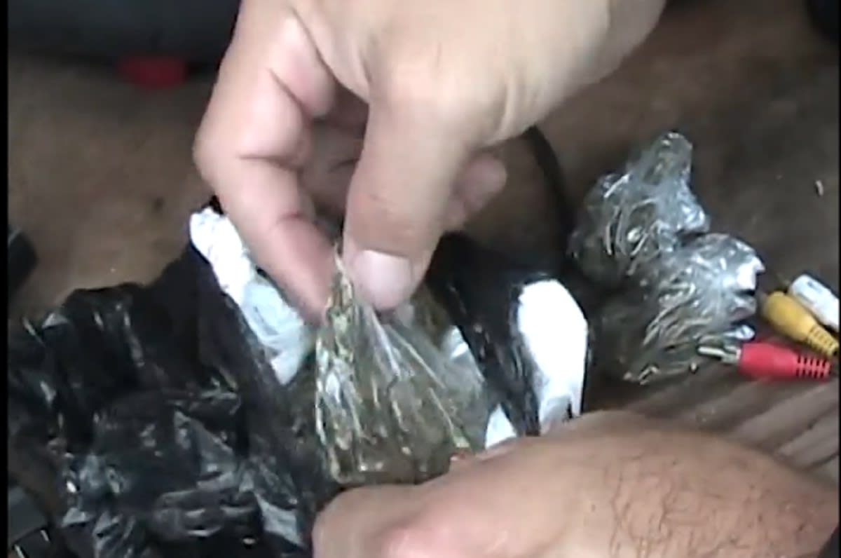 lote de armas-droga-troca-Dekalb