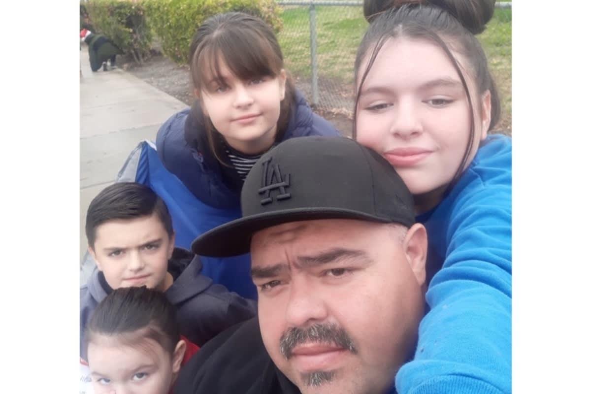 California. Árbol de Navidad incendió una casa y mató a casi toda una familia