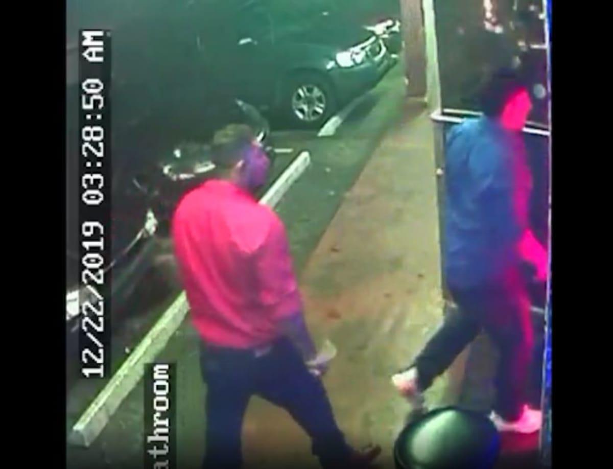 Florida: Los corren de restaurante y regresan echando bala