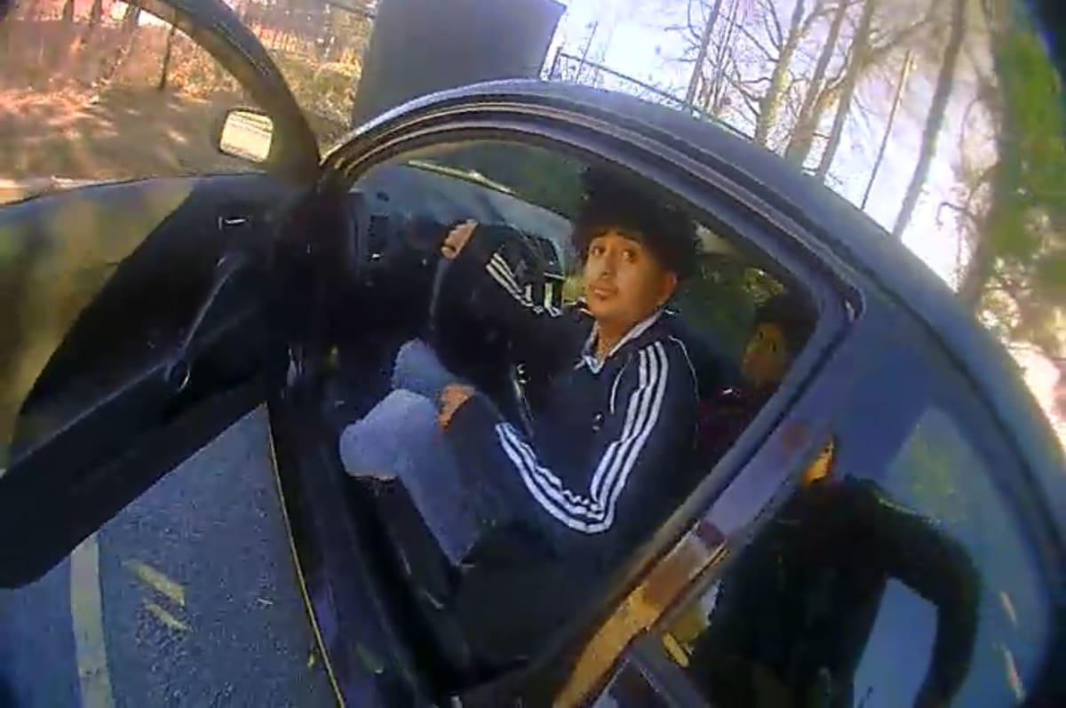 Arrestan conductor hispano placas