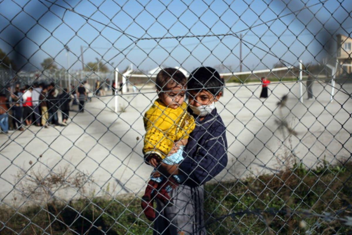 Los Ángeles prohíbe nuevos centros de detención privados y para niños migrantes