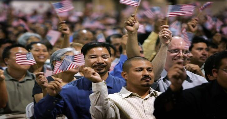 Corte de apelaciones mantiene bloqueado la regla de inmigración de Trump