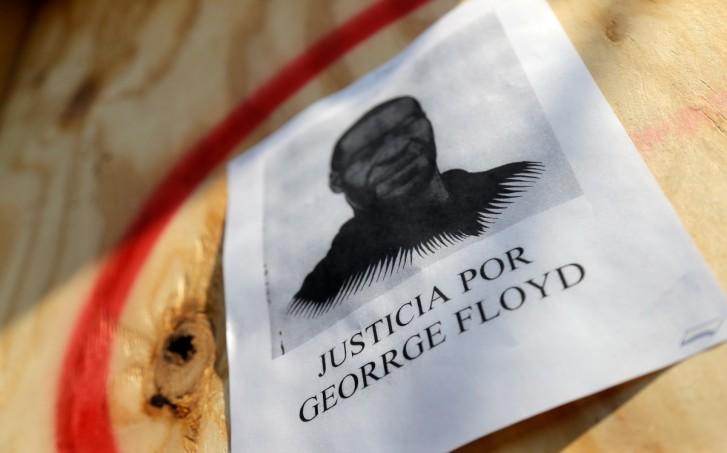 Autopsia afroamericano amuerto George Floyd Derek Chauvin Michael Baden
