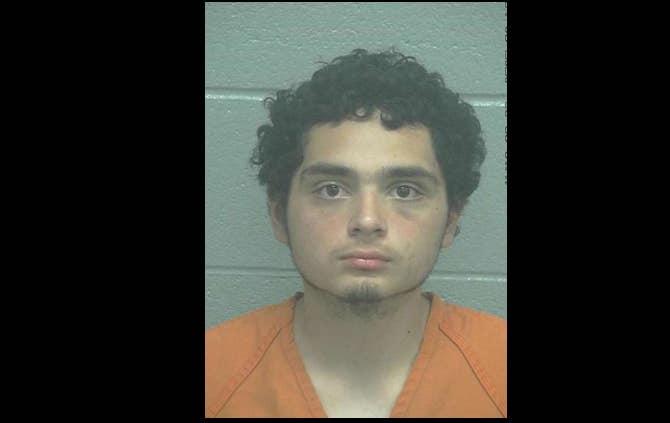 Crimen Texas por Coronavirus José Gómez está acusado de tres cargos de intento de homicidio capital por atacar a una familia asiática por temor al coronavirus.