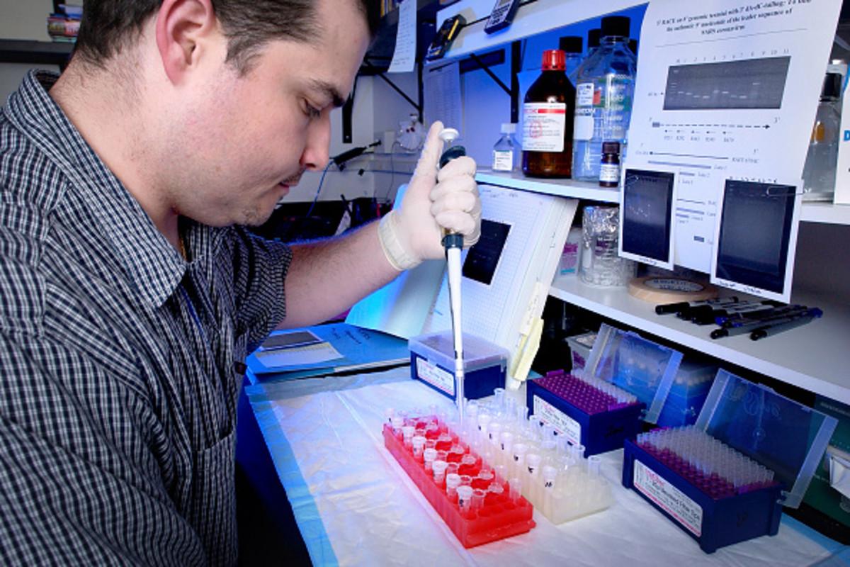 Bomberos aislados y restricciones religiosas por coronavirus en California