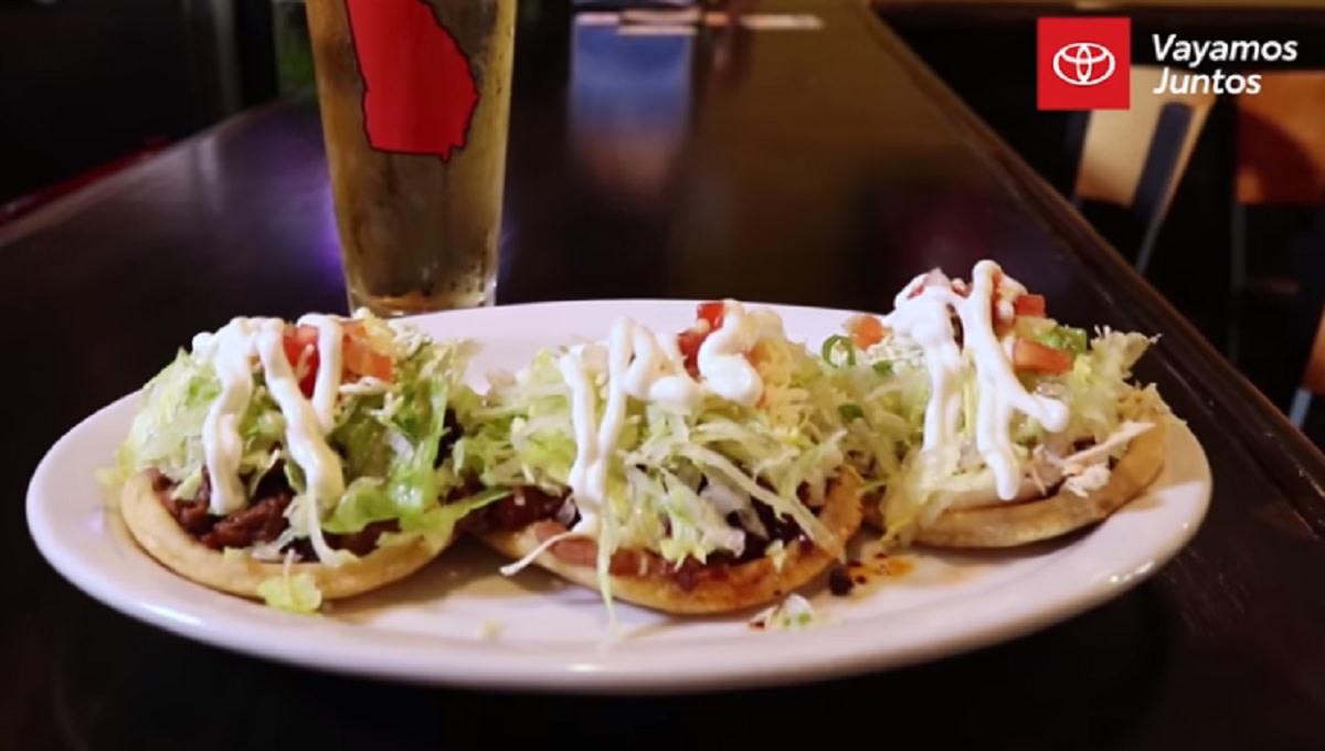 Hermanos-mexicanos- dinero- El-Paso-Taquería