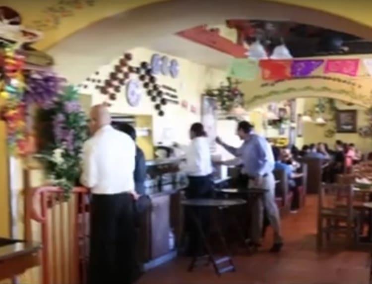 Los clientes visitan Casa Don Juan en Las Vegas