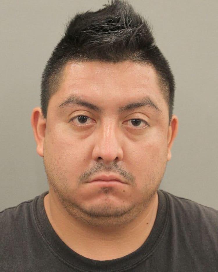 Esvín Crispín Aguilar Texas Texas: Acusan a hombre de homicidio por intoxicación al conducir ebrio.