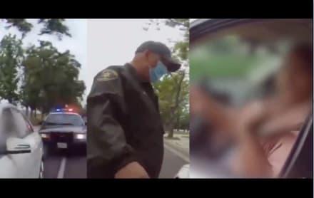 """Conductora descarga contra policía por una multa: """"Siempre serás mexicano, nunca serás blanco"""""""