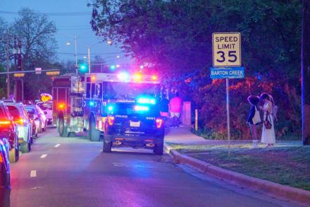 Arrestaron a un policía y a su esposa por chocar auto y escapar en Texas
