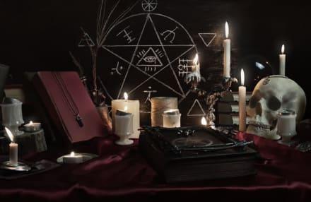 Transmiten por error en la TV un ritual satánico en pleno noticiero (VIDEO)