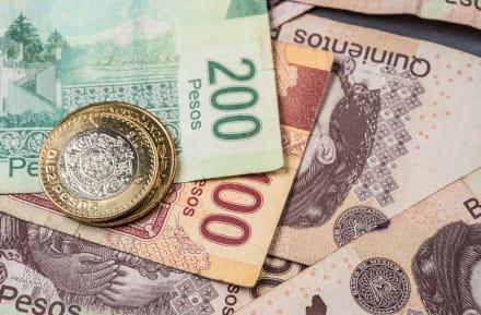 ¿A cuánto está el cambio del dólar al peso el 18 de octubre y por qué?