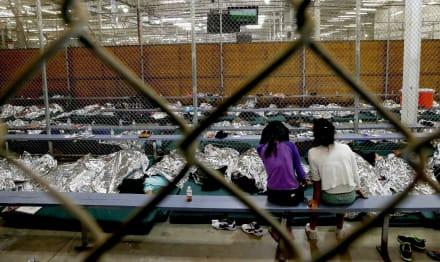 Trump publica norma para ampliar el tiempo de detención de niños inmigrantes