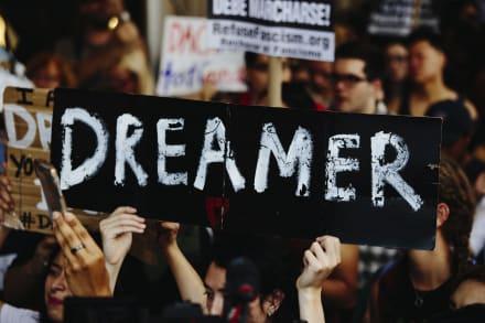 La Cámara aprueba medida que daría ciudadanía a millones de indocumentados