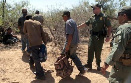 Patrulla Fronteriza arresta a casi 200 inmigrantes en frontera de Arizona