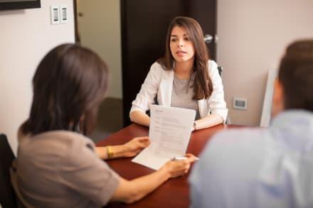 Evita estos errores en tu próxima entrevista de trabajo (VIDEO)