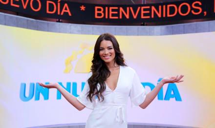Zuleyka Rivera en calzón y levanta su blusa, lo que provoca envidia de Ana Patricia Gamez