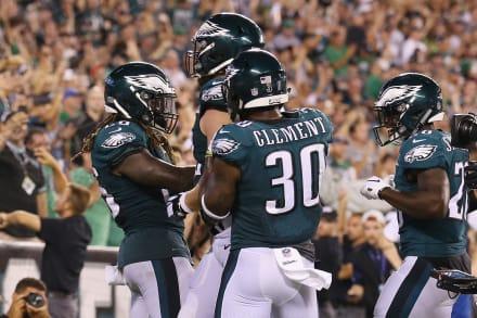 Eagles de Filadelfia vencen a Falcons en el arranque de la NFL