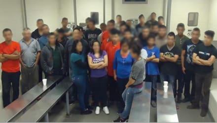 Perro de la Patrulla Fronteriza detecta 47 inmigrantes en camión refrigerador