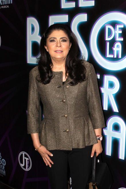 Victoria Ruffo revela qué tipo de relación tiene con Alessandra Rosaldo, esposa de Eugenio Derbez
