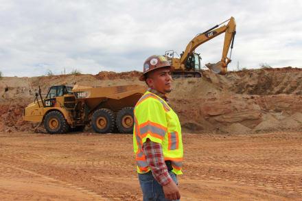 Falta mano de obra en la industria de la construcción (VIDEO)