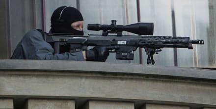 """Vladimir Putin es protegido por nuevo rifle """"multipropósito"""" (FOTOS)"""