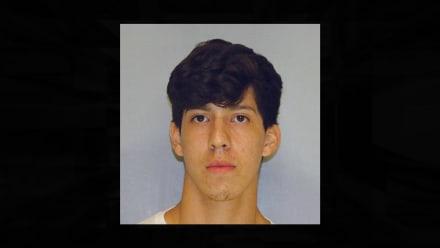 Arrestan a joven hispano por lo que habló ante sus amigos