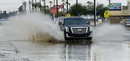 Temporal provoca inundaciones en carreteras y cierres en Florida, Georgia y Carolina del Sur