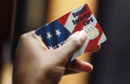 Cierre de gobierno: 'food stamps' reciben fondos para otro mes