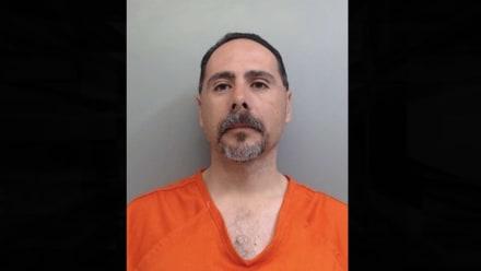 Acusan a policía de Texas de quedarse con dinero de apuestas ilegales