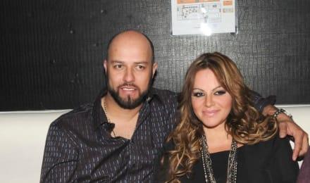 Resurge inesperado video de Jenni Rivera y Esteban Loaiza en pleno 'agasajo' en la calle