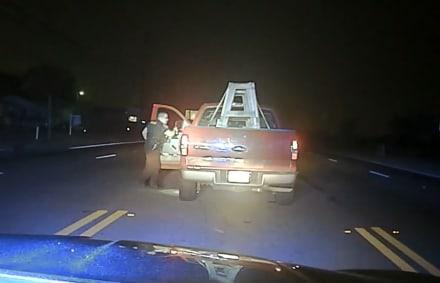 Arrestan a conductor hispano por conducir borracho (VIDEO)
