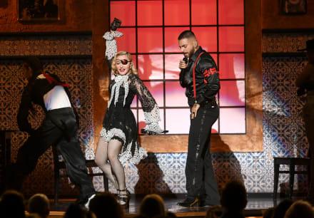 """Billboard Music Awards 2019: Madonna y Maluma presentaron """"Medellín"""""""