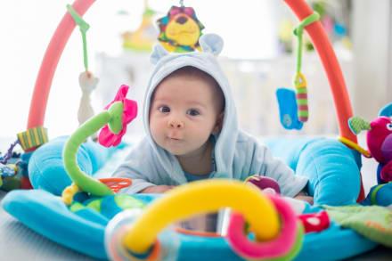Juguetes para bebés: Los 5 mejores para niños de menos de un año
