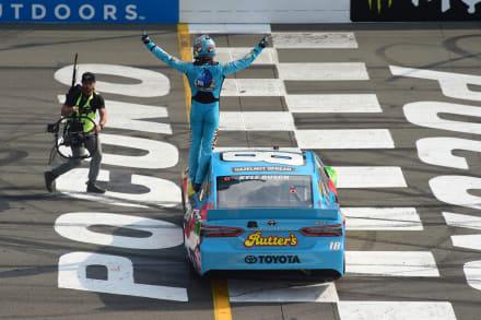 Kyle Busch ganó la Pocono 400 en el Pocono Raceway