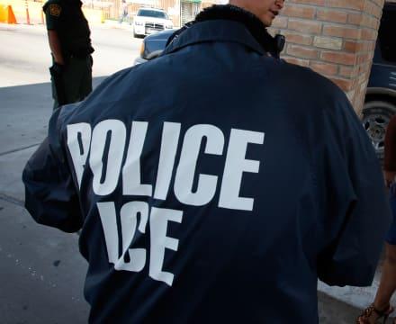 Hispano llegó con herida de bala a la frontera y ICE le dio ibuprofeno