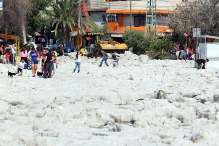 ÚLTIMA HORA: Fuerte granizada impacta a Guadalajara (4 VIDEOS Y 3 FOTOS)