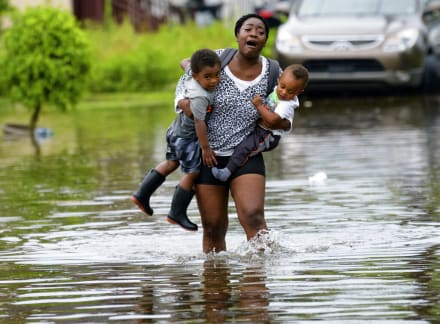 Ordenan evacuar zonas costeras de Luisiana ante peligro de tormenta tropical