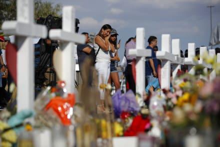 Identifican a cartera hispana como una de las víctimas del tiroteo en Texas