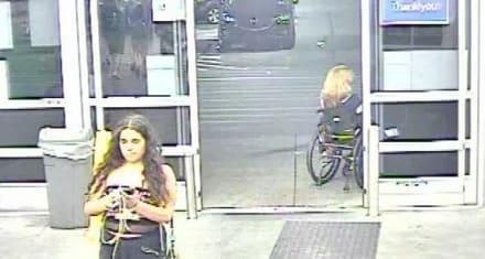 Policía solicita ayuda para identificar a mujer que orinó en un cubo de patatas en Walmart