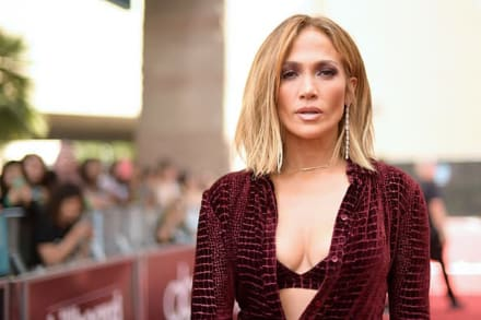 ¡Por fin le dan anillo a JLo! Jennifer Lopez y Alex Rodríguez se comprometen (FOTO)