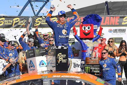 Brad Keselowski comenzó ganando en los Playoffs de la NASCAR Cup Series
