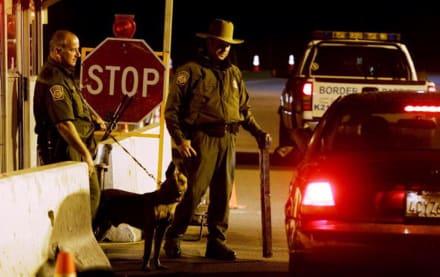 Agente de La Migra hispano condenado por haber colaborado con narcos
