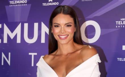 Zuleyka Rivera presume cuerpazo en bikini, pero esposa de Luis Fonsi le da lección haciendo lo mismo (FOTOS)