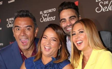 Chiquibaby y Adamari López son tachadas de 'momias' por aparecer en una imagen (FOTO)