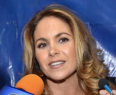 Lucero confiesa si formó parte del supuesto catálogo sexual de actrices de Televisa (VIDEO)