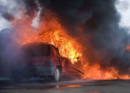 Estados Unidos: Hallan restos de tres hispanos en una camioneta calcinada
